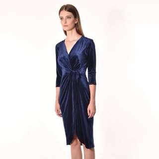 long sleeve dress in blue