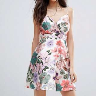 BNWT Talulah floral dress