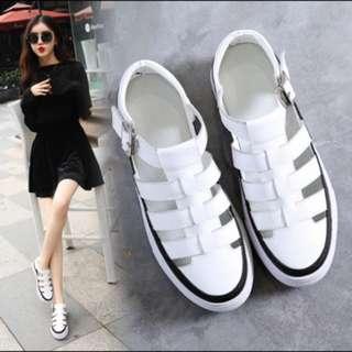 白色厚底涼鞋 38、39