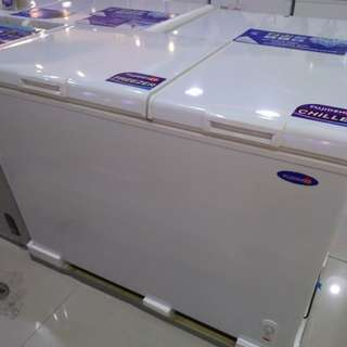 Fujidenzo combination chiller freezer chest type