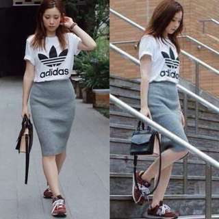 SPORT TOP AND GREY SKIRT TERNO