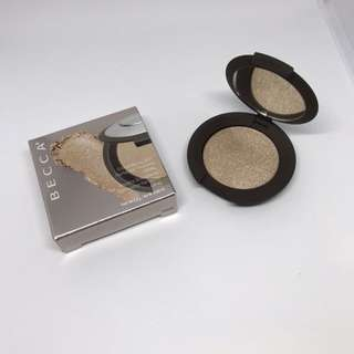 Becca Shimmering Skin Perfector Pressed Mini in Opal
