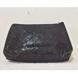 九成新 ( 很新)~ H&M 黑色亮光 化妝包 零錢包~