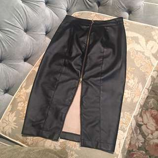 Women's Blk Faux Leather Skirt/SZ M