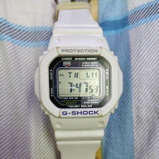 CASIO G-5600A 正常可用太陽能電子手錶