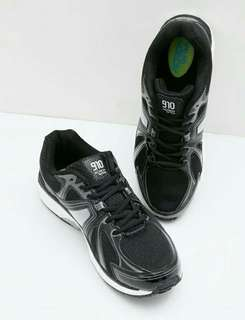 Men Shigeru Sneakers Black