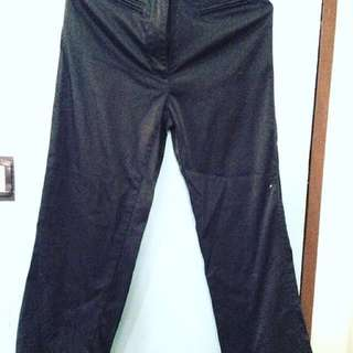 Slacks • Preloved • Black Size 25 • P25.00