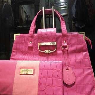 JUAL MURAH!!! Oriflame set Pink Bag& clutch