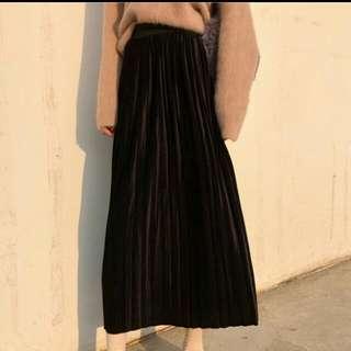 黑色絲絨百褶長裙