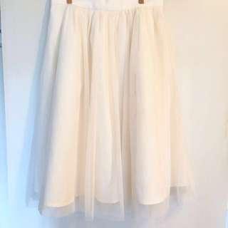 現貨🌸高質仙氣米白紗裙brand New skirt