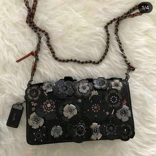 COACH DINKY ROSE APPLIQUE (NEW)