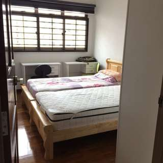 Jurong West Boon Lay Male Share Room for Rent