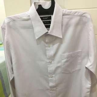 Kemeja putih slim fit size 16