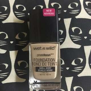 Wet n Wild Photo Focus Foundation Shell Ivory