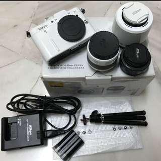 Nikon V1 Camera