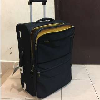 Travel luggage expandable Antler UK 🇬🇧
