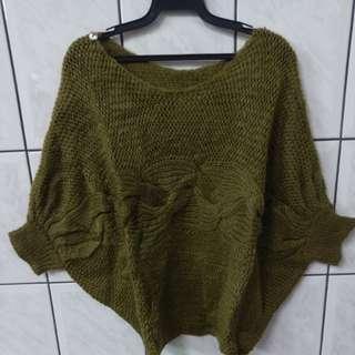 全新 素面粗針織蝴蝶袖縮口兩穿毛衣-F 芥綠
