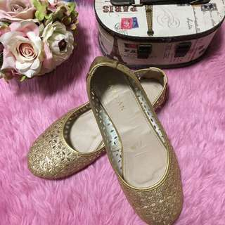 REPRICED!!! Parisian Doll Shoes in Gold Shimmer