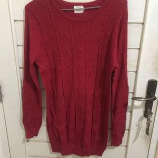 Gaudi red sweater