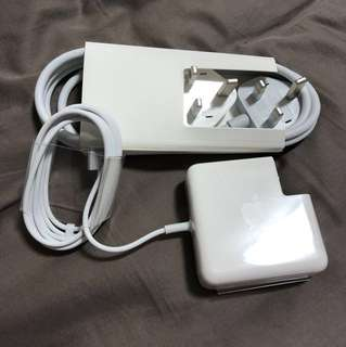 Apple 60w magsafe charger