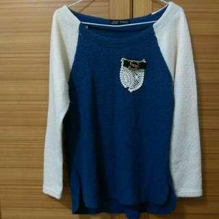 白拼接藍氣質上衣