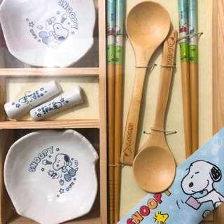 Snoopy 筷子匙羹碟仔套裝
