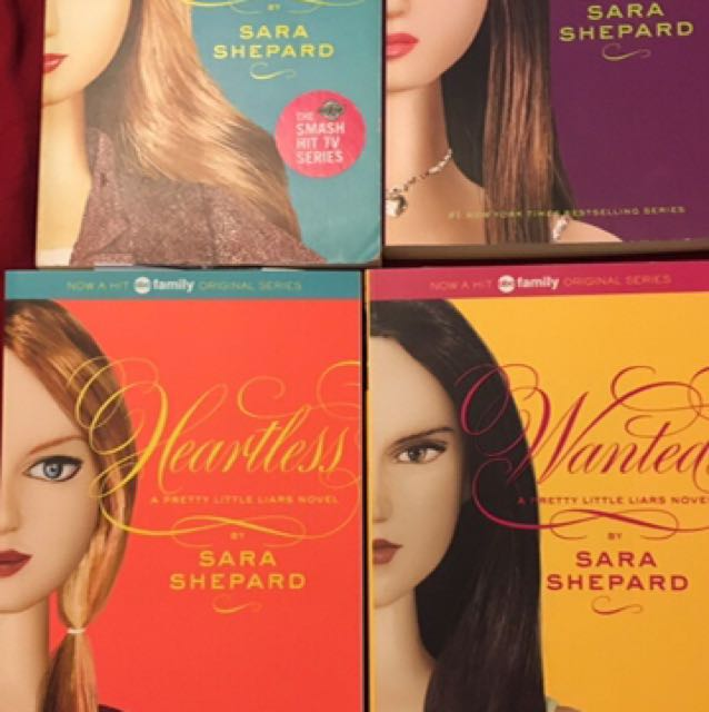 4 Pretty Little Liars Books