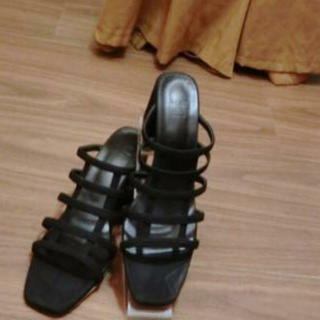 黑色網狀粗跟鞋