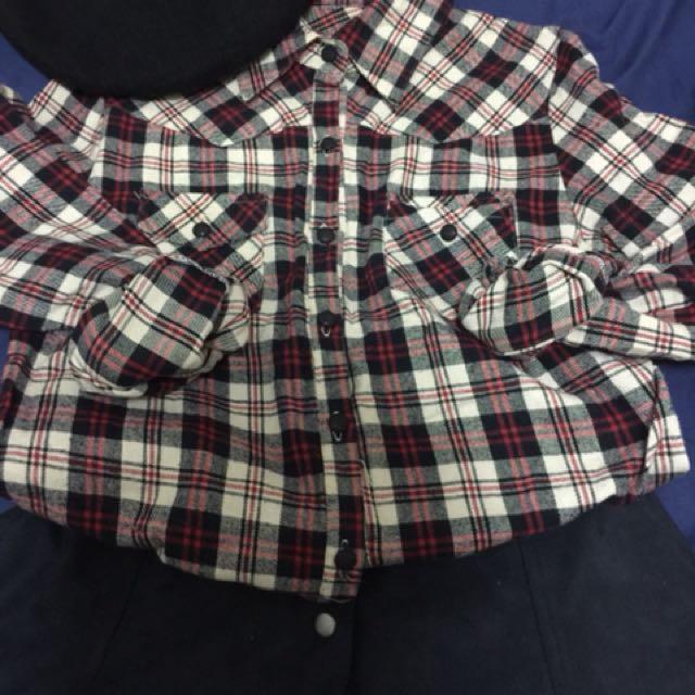 紅白格紋棉絨材質襯衫👩🏼🎨