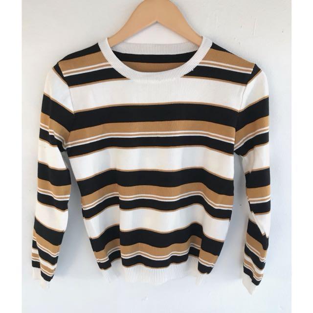 條紋拼色毛衣