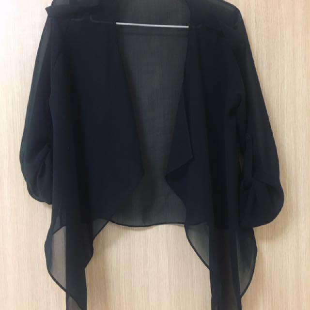 검정옷 Black sheer top