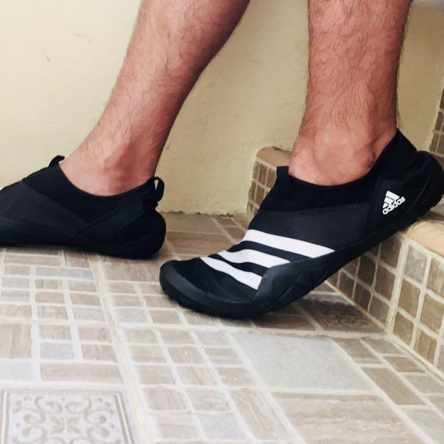 timeless design 464c9 65c78 Adidas Jawpaw bw original, Men's Fashion, Men's Footwear on ...