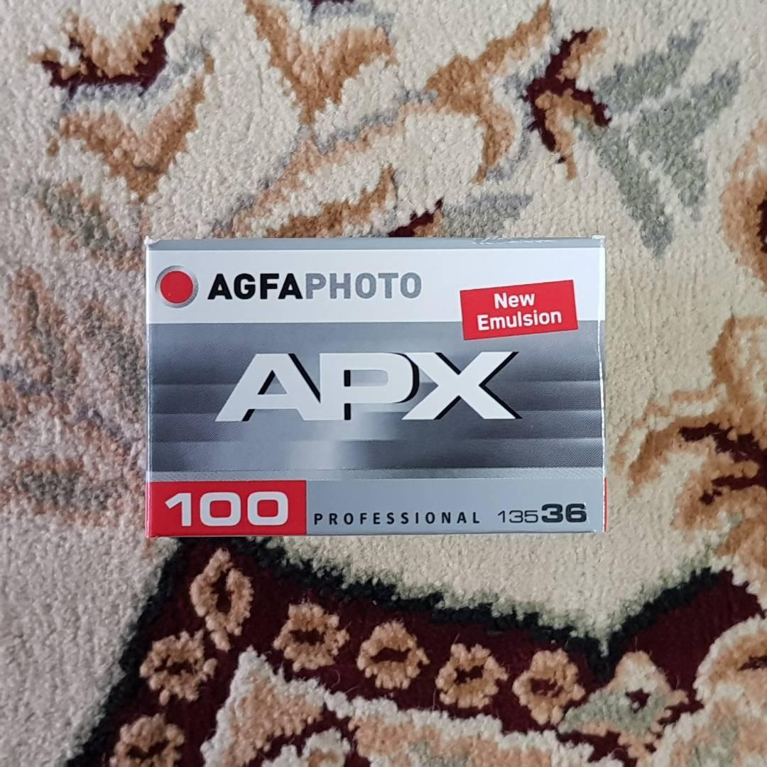 Agfa APX 100 Black & White Fresh Film ( iso 100 ) 35mm 135 format