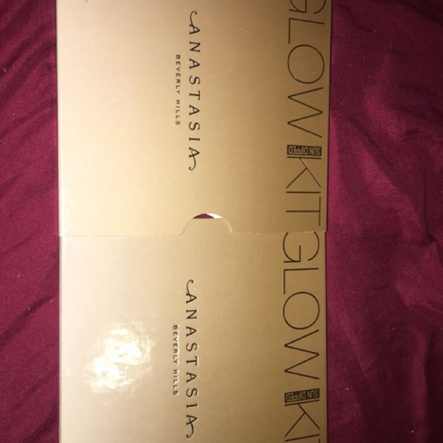 Anastasia Glow kit (sun dipped) NEW