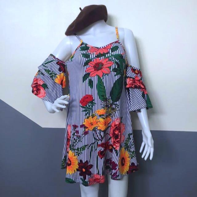 Bnew floral offshoulder dress