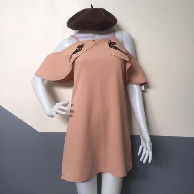 Bnew offshoulder dress