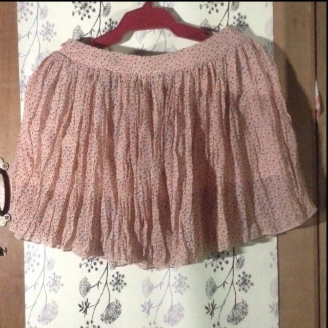 BNWT Peach Pleated Skirt