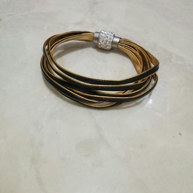 Bracelet Gelang fashion gold black