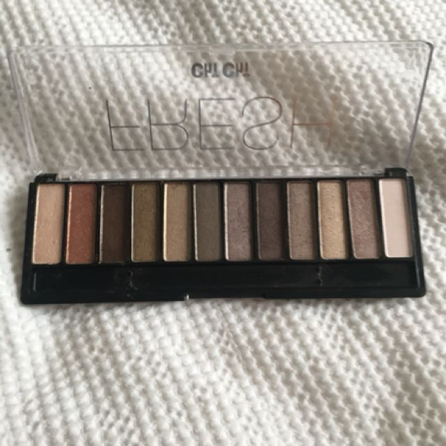 Chi chi fresh eyeshadow palette