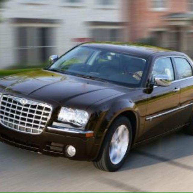 Chrysler 300c American version.Automatic