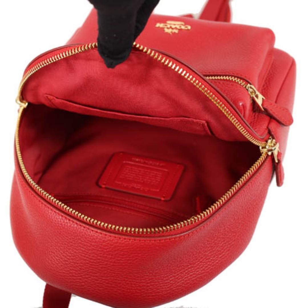 【COACH】荔枝皮革舒適背帶後背包(紅)