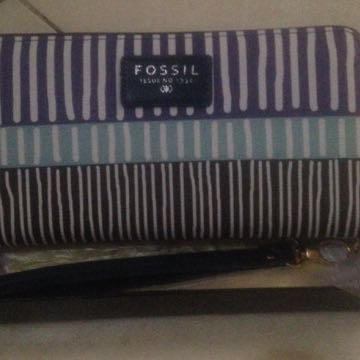 dompet fossil kw