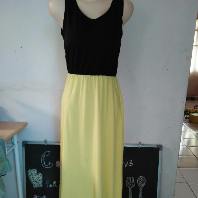 Dress Hitam Kuning