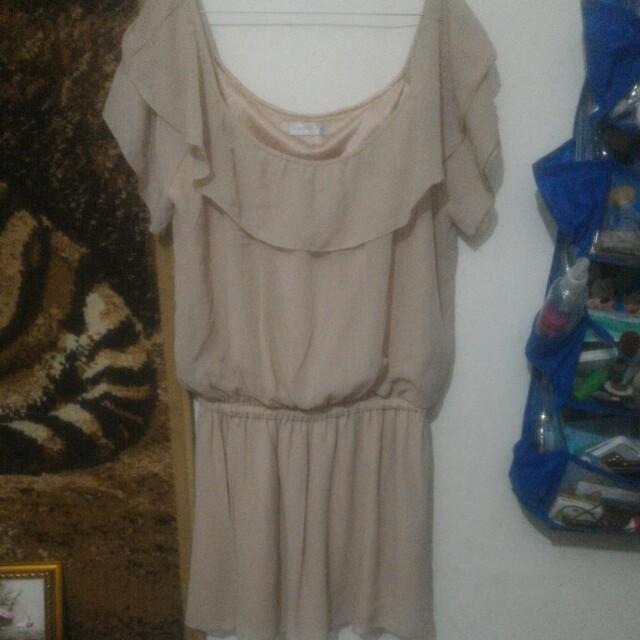 Dress sabrina leher lebar