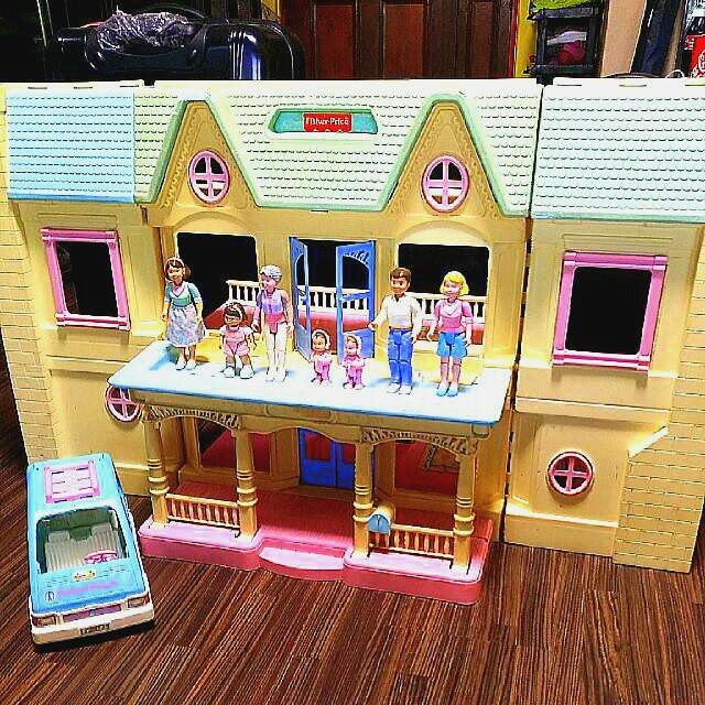 Fisher Price 1993 Vintage Dollhouse Set Toys Games Bricks
