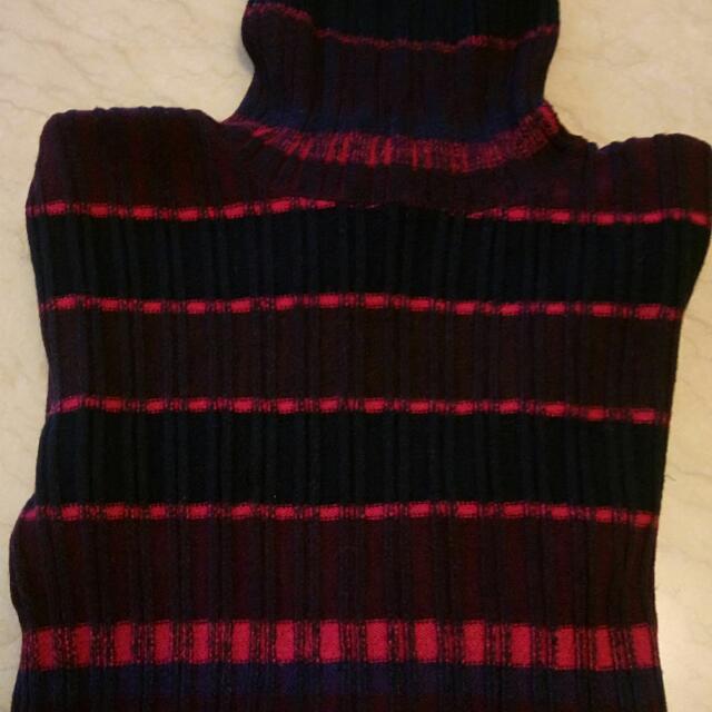 Gucci義大利製套頭毛衣黑底紅咖啡線條M