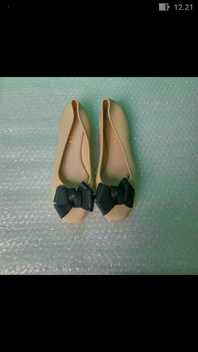 Jellyshoes bow