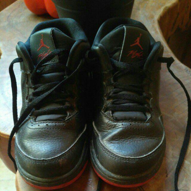 JORDAN shoes, 10c