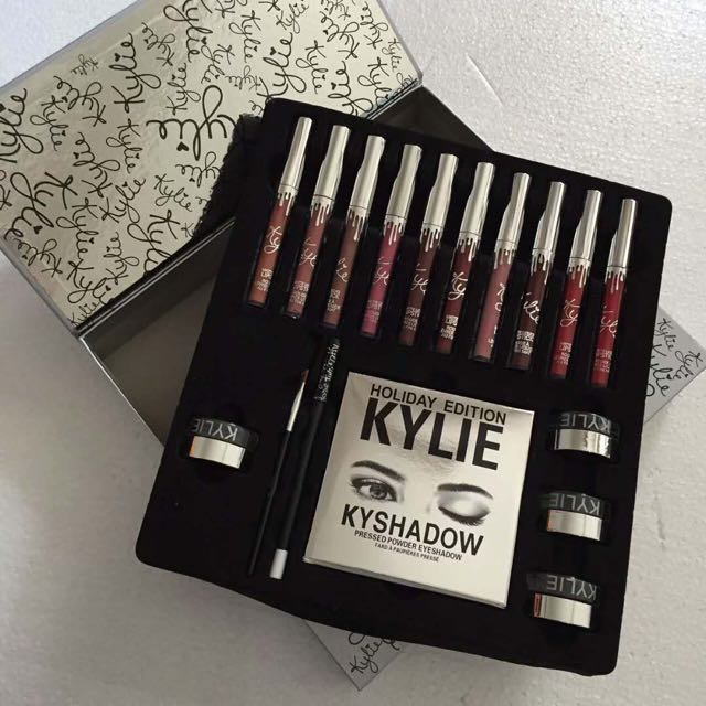 Kylie holiday box set