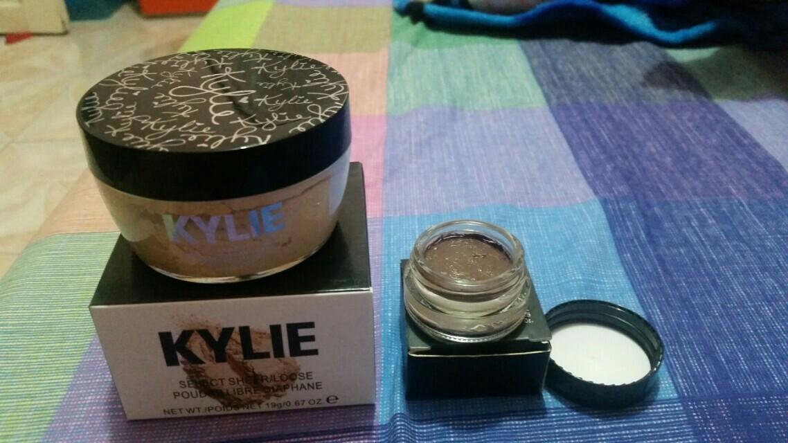 Kylie loose powder & anastasia dipbrow